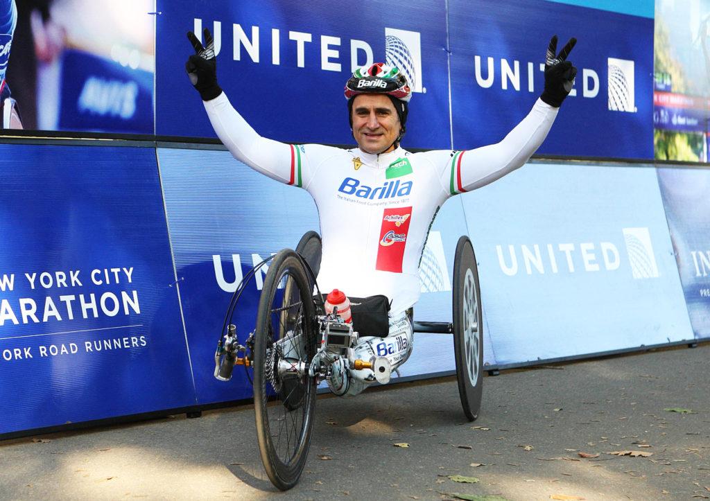 Alex Zanardi alla Maratona di New York - Foto di Giancarlo Colombo