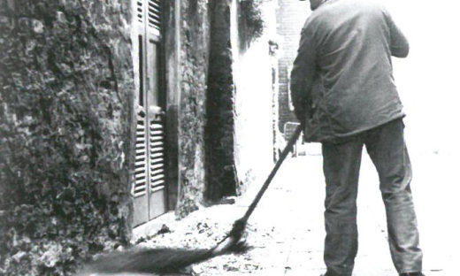 Raccolta rifiuti: un libro sulla storia del servizio a Mestre e Venezia