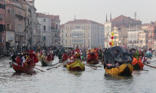Carnevale di Venezia: la festa parte dall'acqua