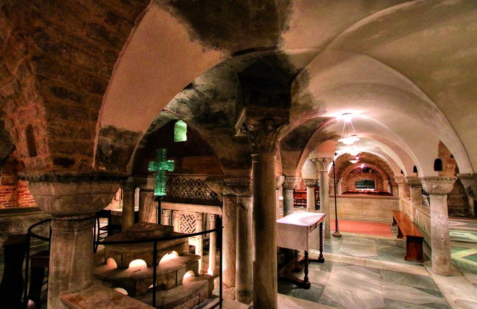 I misteri di Venezia: viaggio nei sotterranei delle cripte