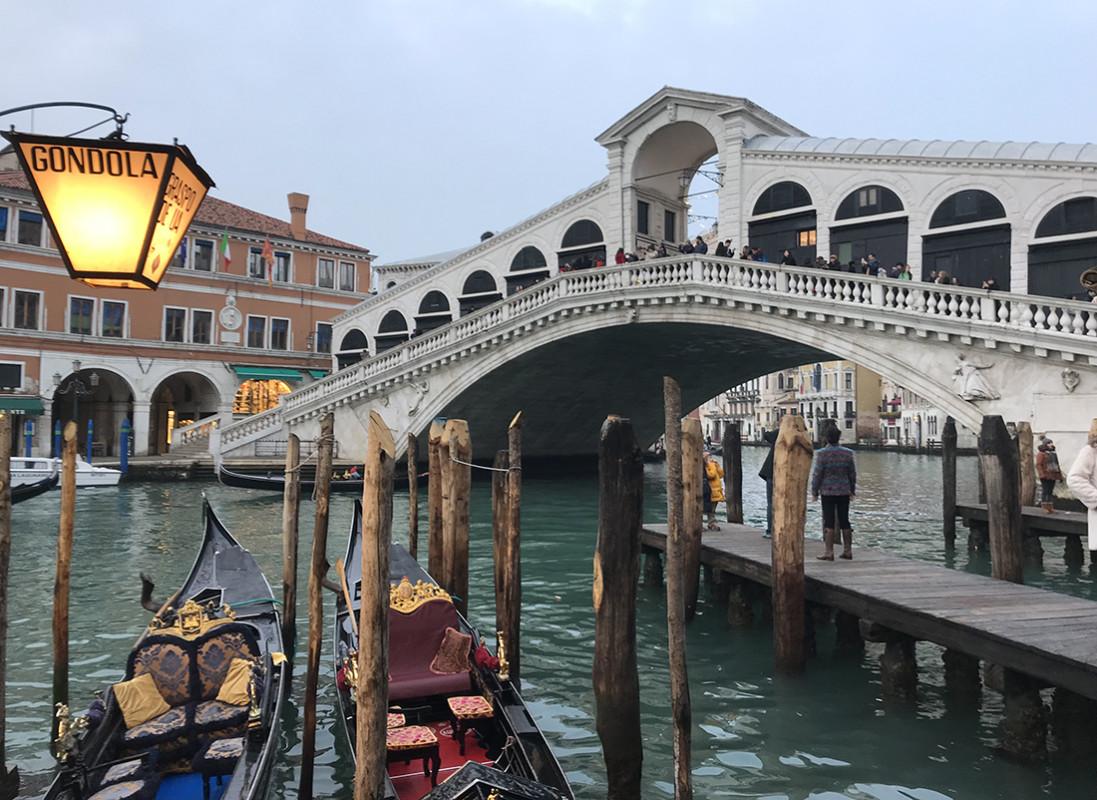 25 marzo. Auguri Venezia! I social celebrano la nascita