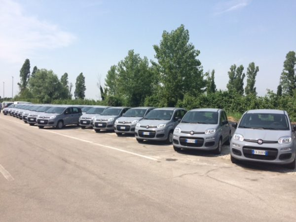 53 auto per gli operatori socio sanitari