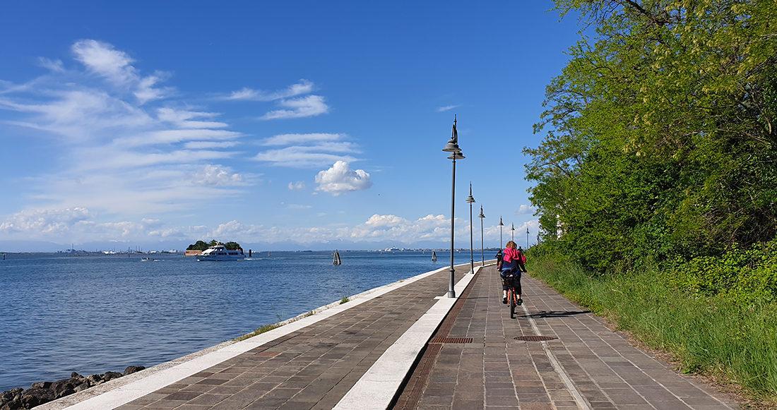 La via del mare: percorsi ciclabili nella natura