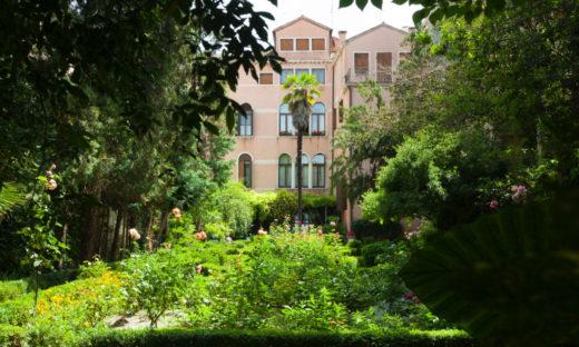 Venezia e i suoi giardini. Tra mille profumi e colori