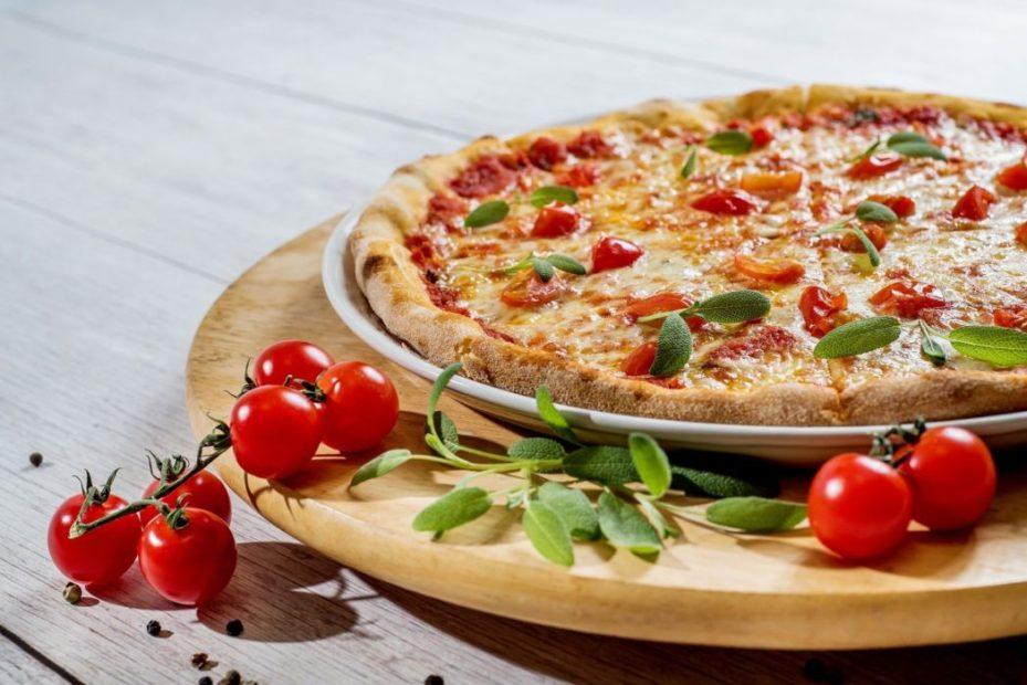 La pizza della discordia. La battaglia sui social