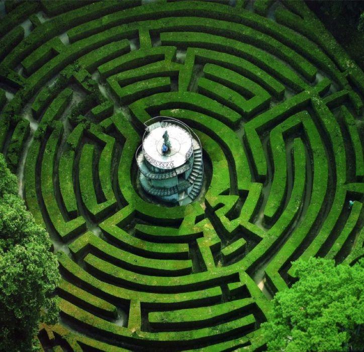 Il fascino e il mistero dei labirinti. Perdersi per ritrovarsi