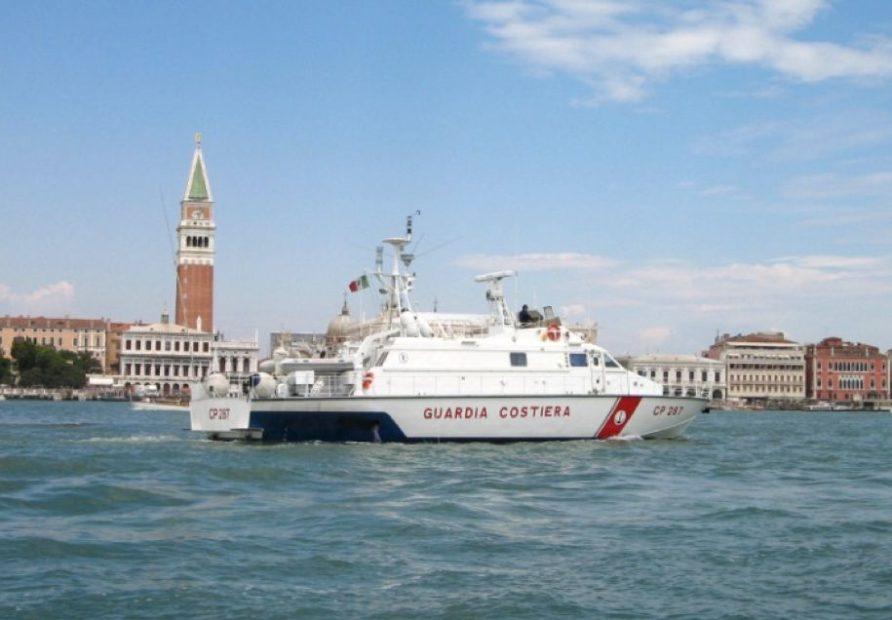 Mezzi della Guardia Costiera di Venezia in Bacino San Marco