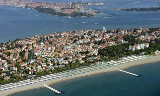 Obiettivo estate 2021: le spiagge si preparano a riaprire