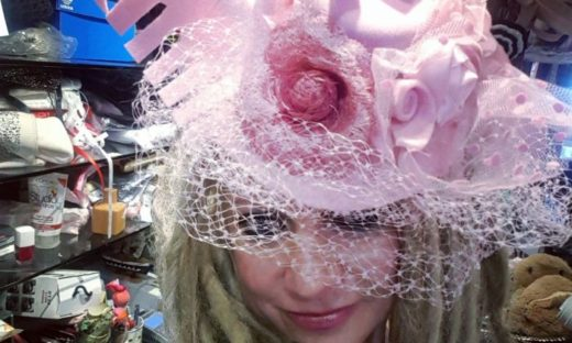 Fascinator a Venezia: eccentricità, marketing o seduzione?