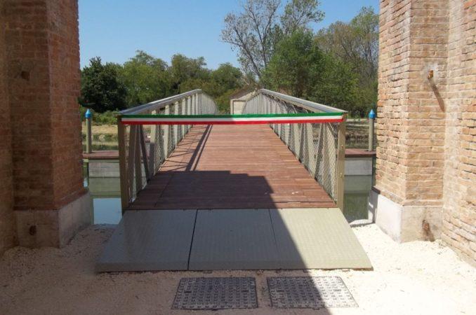 L'accesso al quarto ponte di Forte Marghera nel giorno dell'inaugurazione