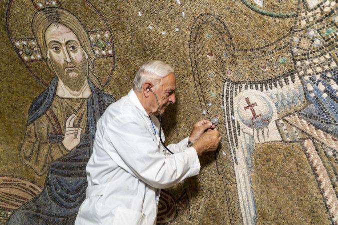 I lavori sui mosaici della Basilica di Torcello