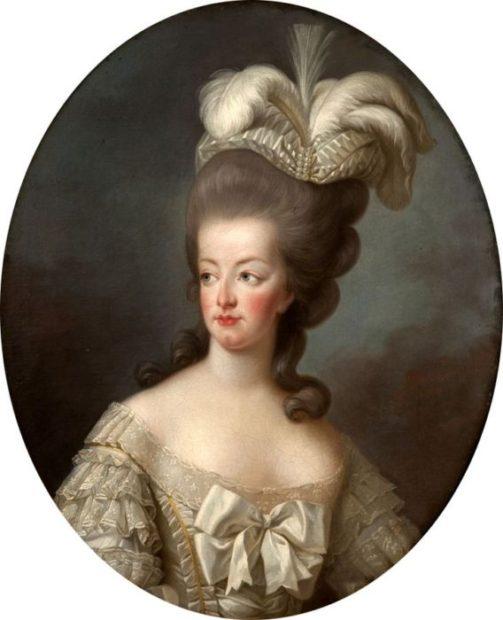 Maria Antonietta e il fascinator