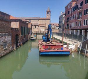 Rio Madonna Venezia consolidamento muro
