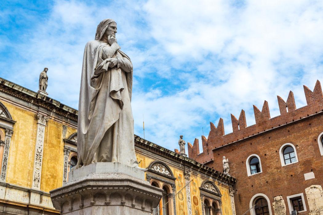 """Piazza dei Signori, Verona, detta anche """"Piazza Dante"""""""