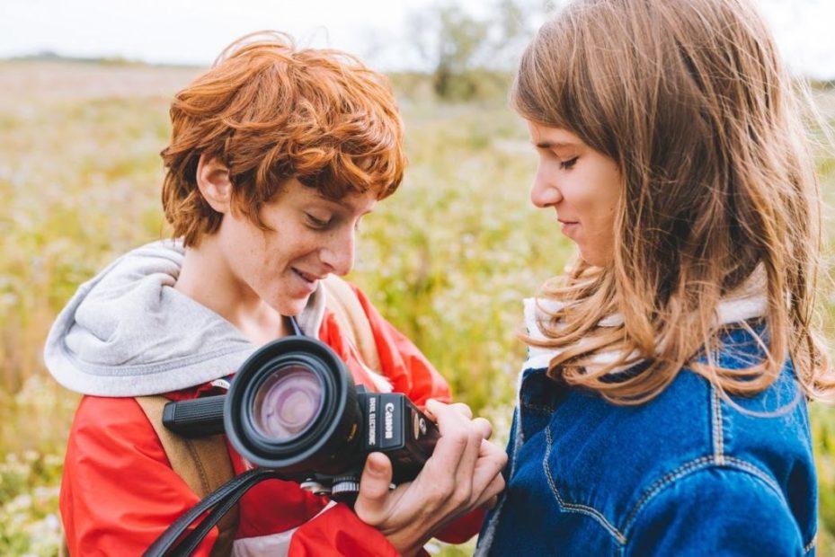Cat (Emma Frison) e Dani (Francesco Petit-Bon), i giovani protagonisti del film