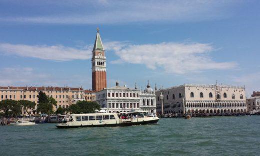 Venezia Meteo: torna l'acqua alta. Il maltempo, domenica, ha ricordato la scaramanzia del 130