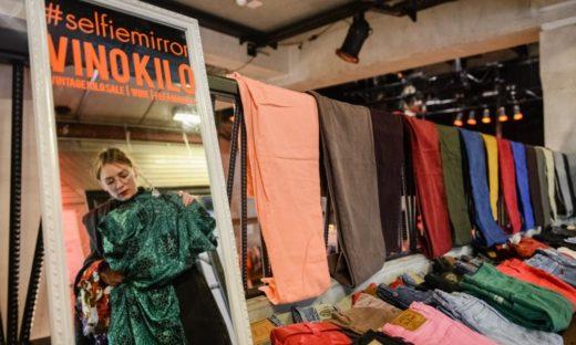 A Venezia la moda rigenerata si vende al chilo