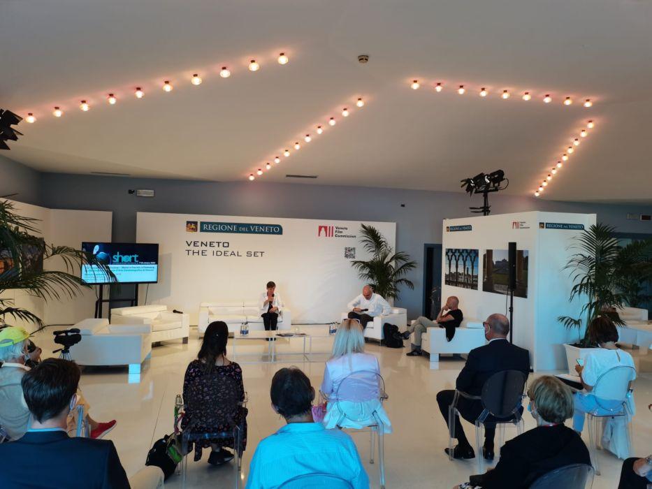 La docente e direttrice di Ca' Foscari Roberta Novielli, alla presentazione del Ca' Foscari Short Film Festival