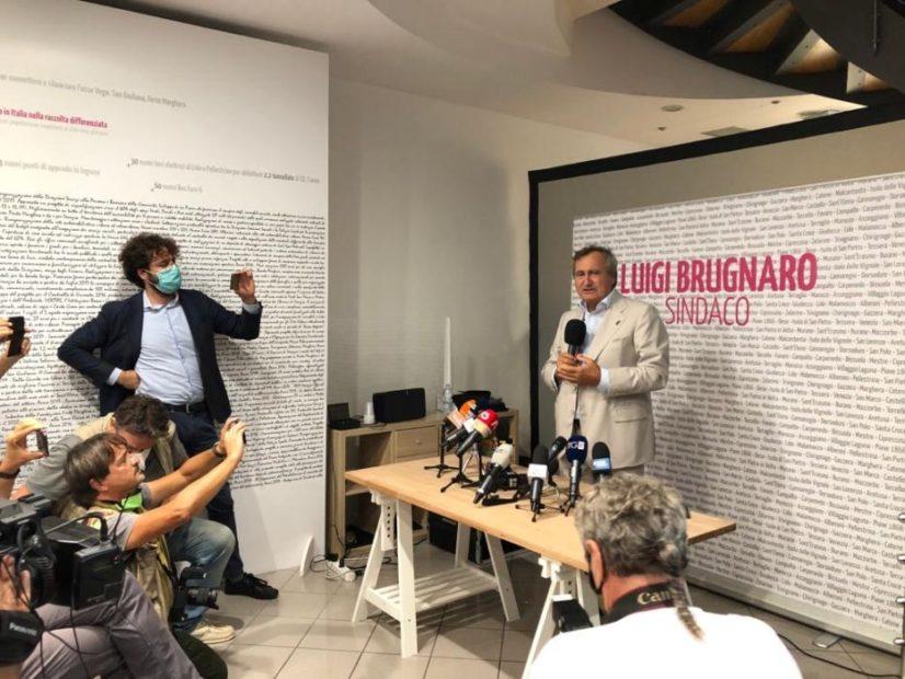 conferenza stampa Luigi Brugnaro sindaco