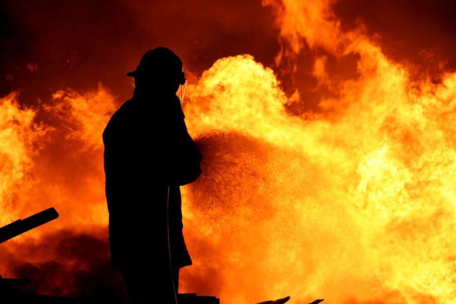 Venezia e il fuoco: cronache documentate degli incendi di Venezia