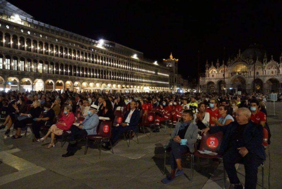 Il coro e l'orchestra della Fenice di nuovo in Piazza San Marco