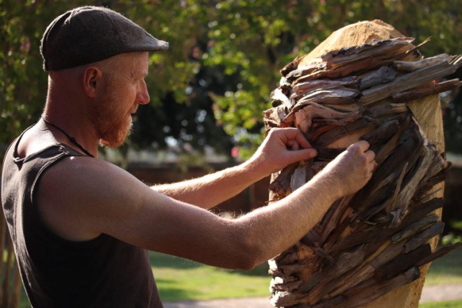 Marco Martalar lavora al volto de La Costude
