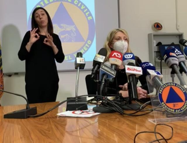 Al centro, Francesca Russo, coordinatrice del Comitato Nazionale.
