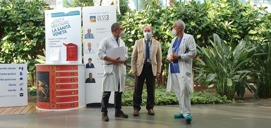 Il primario di Medicina interna Fabio Presotto, il direttore generale dell'Ulss 3 Giuseppe Dal Ben e il primario di Pneumologia Lucio Michieletto