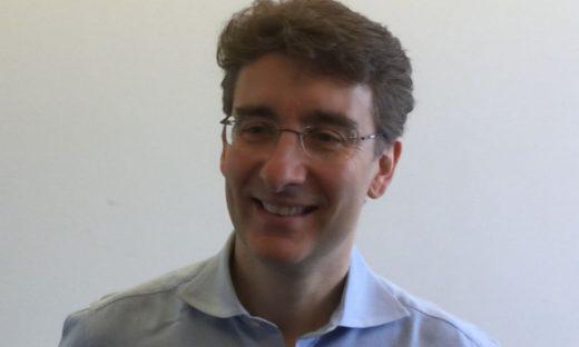 Intervista al ricercatore italiano a capo del team internazionale che studia lo spray nasale anticovid