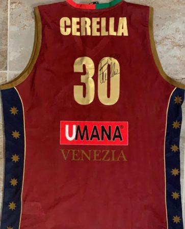 La maglia di Bruno Cerella all'asta per Emergency