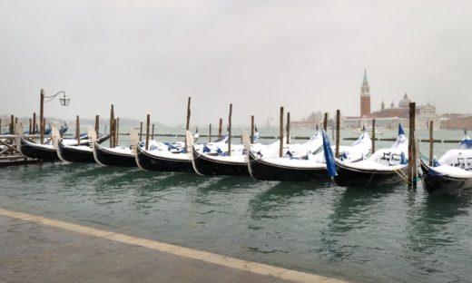 Neve a acqua alta. A Venezia rientra in funzione il MOSE
