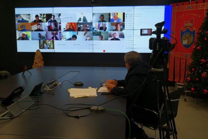 conferenza stampa di fine anno 2020 in streaming