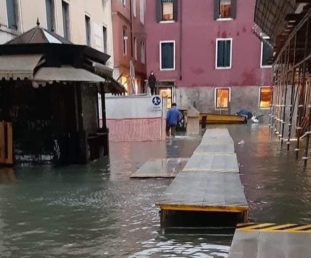 Venezia acqua alta 8 dicembre 2020