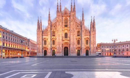 Milano dice stop al fumo. Niente sigarette all'aperto