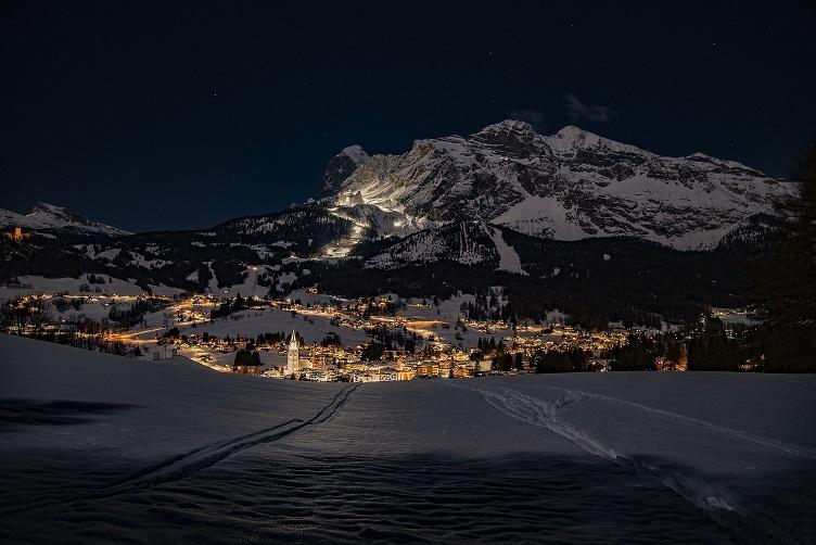 comprensorio-tofane-piste-illuminate-di-notte-foto-Carlotta-G-Volpini