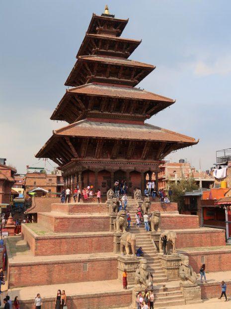 Nepal Bhaktapur, la pagoda a cinque piani di NyatapolaI