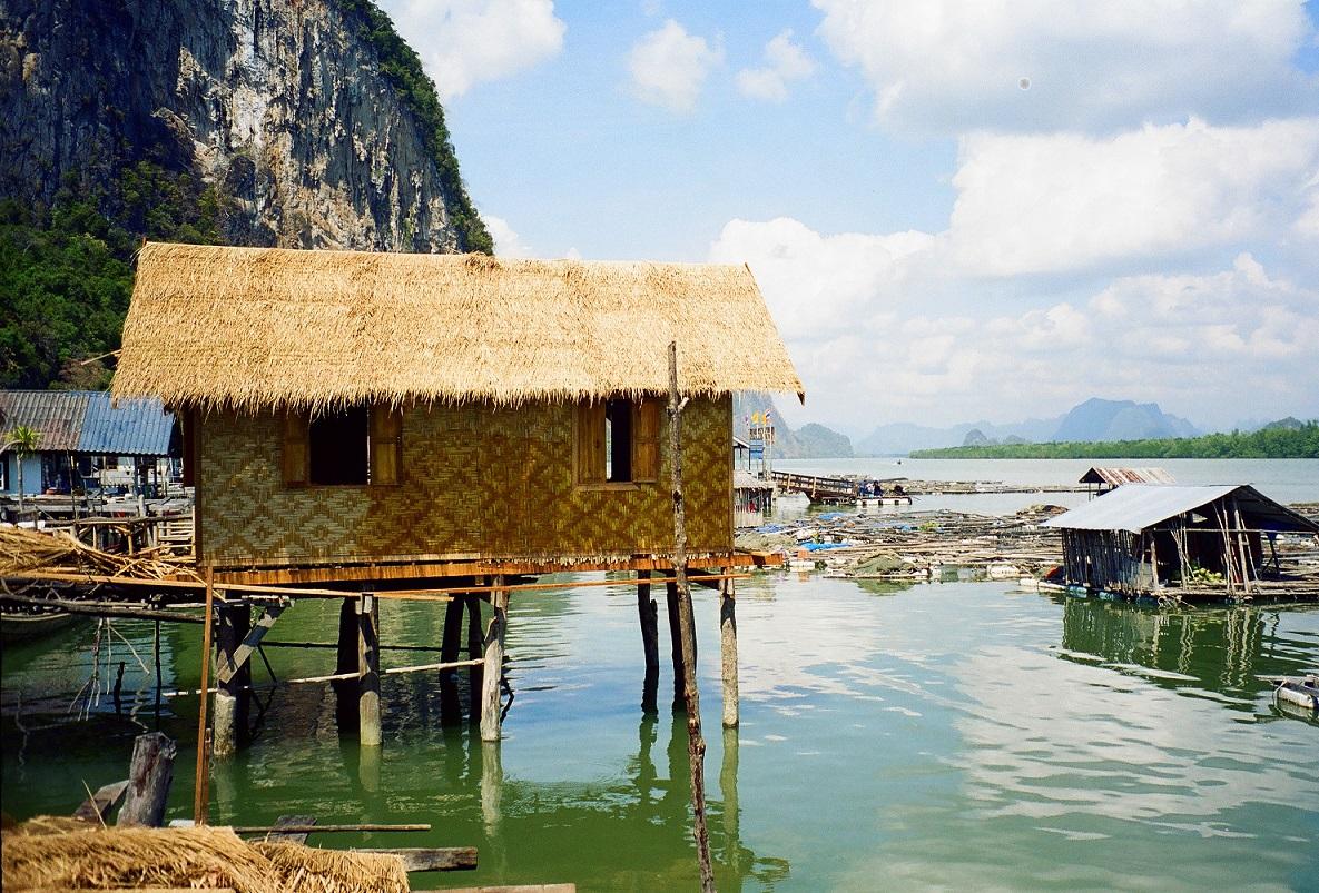 Pucket, villaggio degli zingari di mare Thailandia
