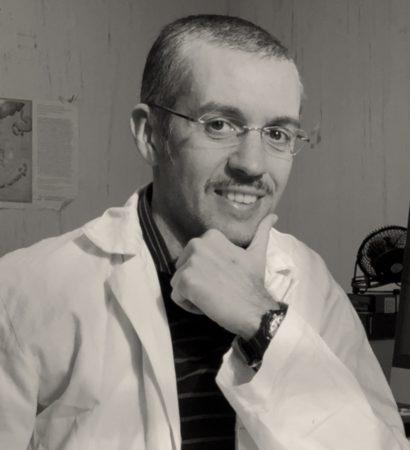 Mario Capasso PhD Associate Professor -University of Naples Federico II Dept. of Molecular Medicine and Medical Biotechnologies Head of Bioinformatics Service for NGS -CEINGE Biotecnologie Avanzate