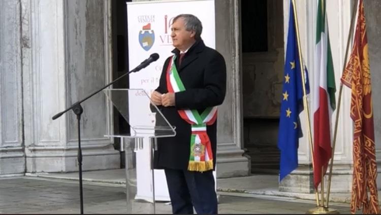 il sindaco di Venezia Luigi Brugnaro conf stampa 25 marzo 2021