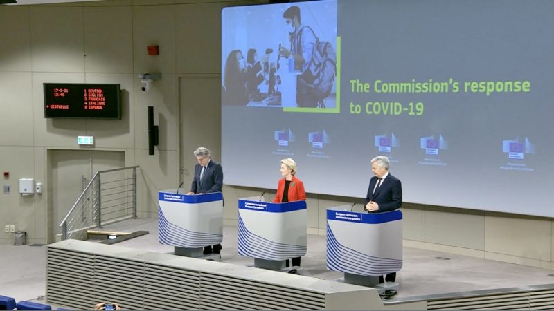 Conferenza stampa presentazione green pass