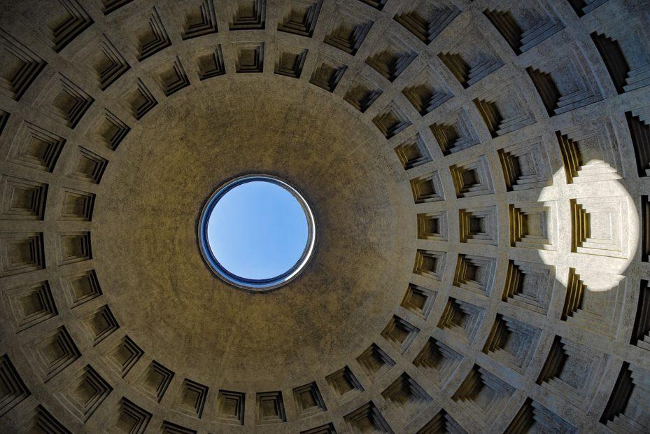 InsideOut: l'architettura di luce nel Pantheon di Roma