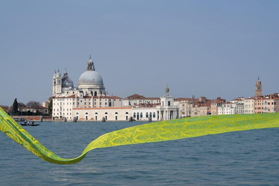 Il primo omaggio a Venezia per i suoi 1600 anni: il damasco in seta della storica Tessitura Rubelli