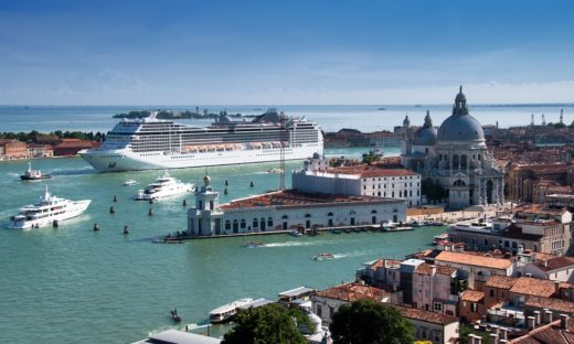 Venezia, grandi navi fuori dalla Laguna: il decreto diventa legge