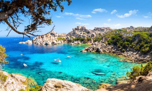 Pasqua in Sardegna? La regione mette il blocco