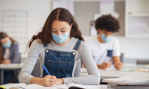 Riaprono le scuole: in classe 5,6 milioni di studenti