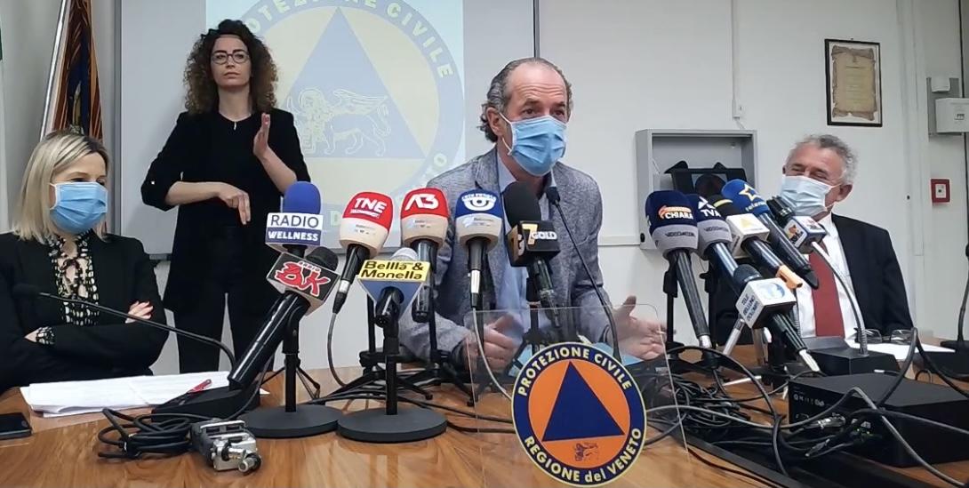Vaccini: il Veneto apre le agende agli over 60