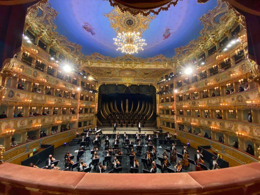Teatro: a Venezia la Fenice riapre con i giovani