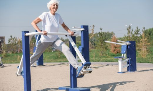 Anziani: più socialita' e meno sedentarietà grazie alle aree verdi attrezzate
