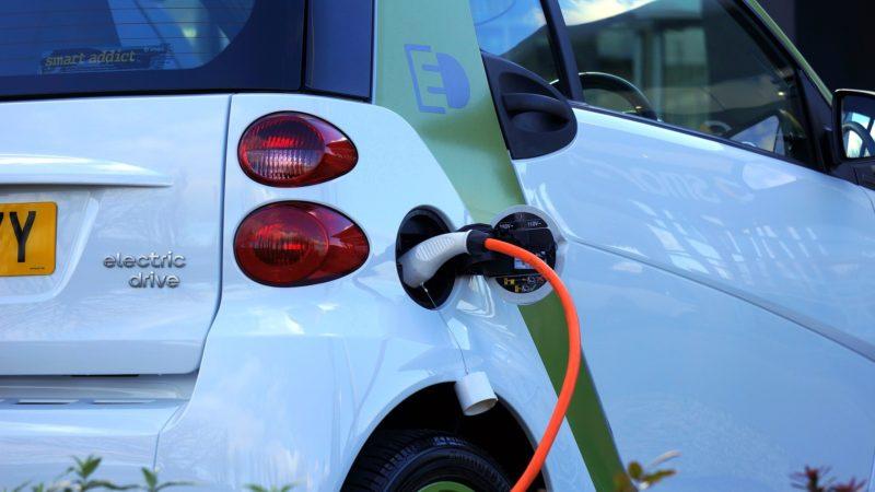 Auto a benzina e diesel: lo stop nel 2035?