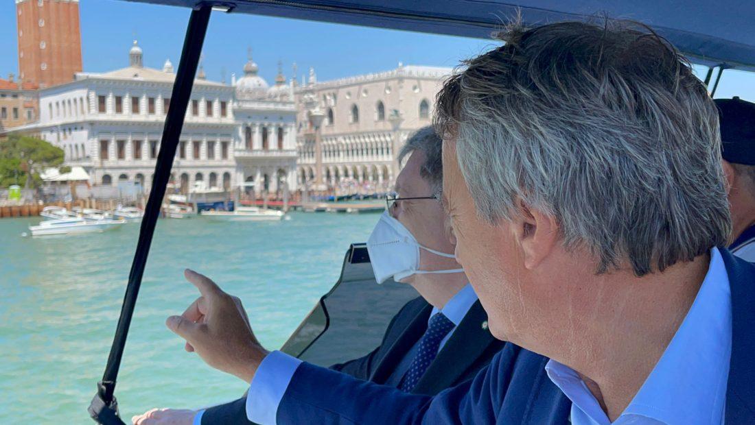 Grandi navi: il sopralluogo del ministro Giovannini a Venezia